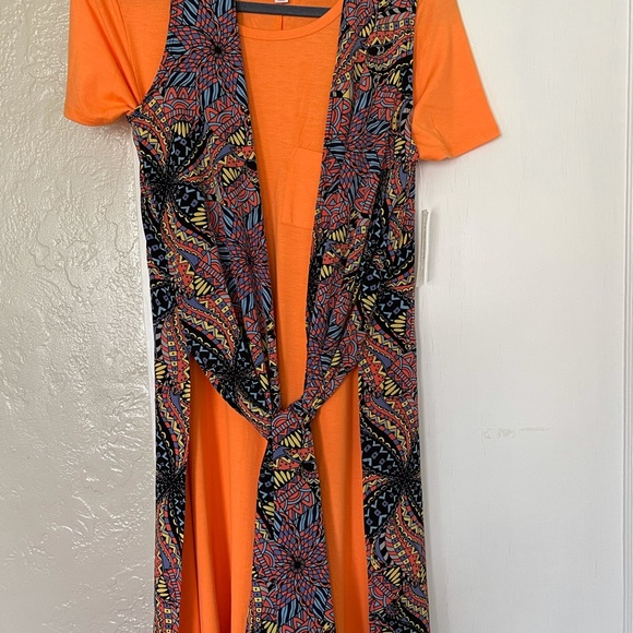 Lularoe Outfit Carly XS Joy Small NWT